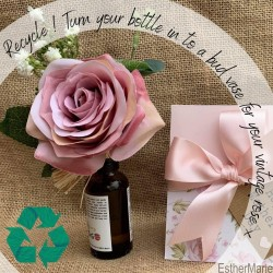 EstherMarie Mothers Day with Love Vintage - recycle botte