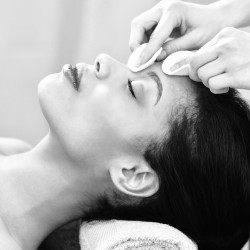 Relaxing facial with EstherMarie